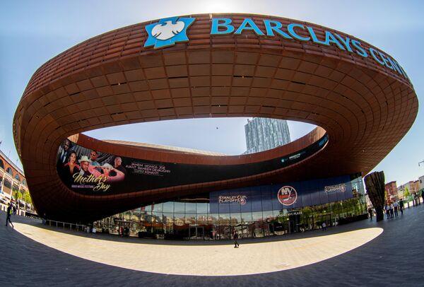 Спортивная арена Барклайс-центр, расположенная в Бруклине