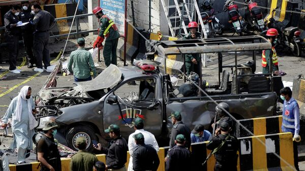 Место взрыва в Лахоре, Пакистан. 8 мая 2019
