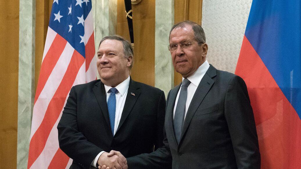 Лавров передал Помпео меморандум с фактами вмешательства США в дела России