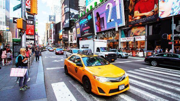 Такси на одной из улиц Нью-Йорка