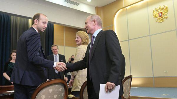 Президент РФ Владимир Путин встретился с учеными в Сочи