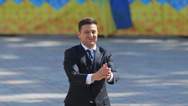 Новый президент Украины попросил журналистов обращаться к нему по имени