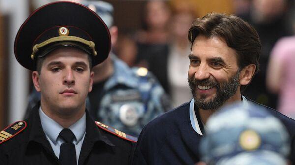Михаил Абызов в суде. 23 мая 2019