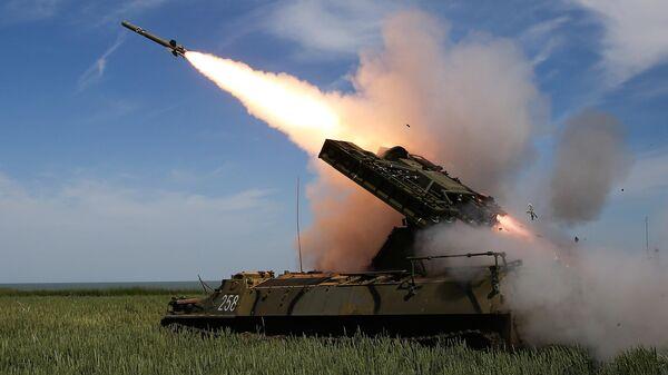 Стрельбы из зенитно-ракетного комплекса Стрела-10М3 на всеармейском конкурсе Чистое небо