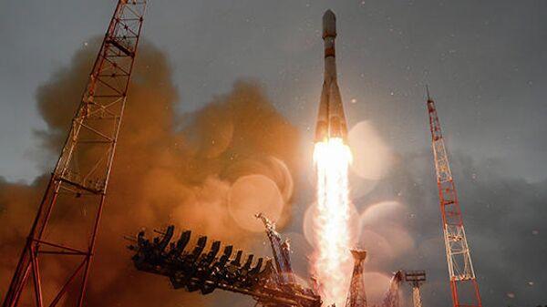 Пуск ракеты космического назначения среднего класса Союз-2.1Б с российским навигационным космическим аппаратом Глонасс-М с космодрома Плесецк. 27 мая 2019