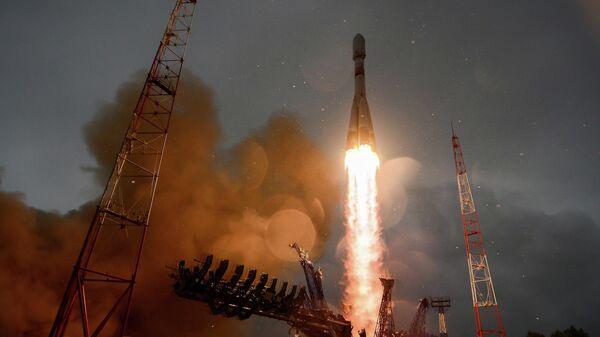 Запуск ракеты-носителя с космодрома Плесецк