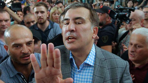 Бывший президент Грузии и экс-губернатор Одесской области Украины Михаил Саакашвили во время встречи в киевском аэропорту Борисполь