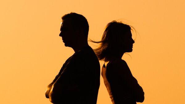 Семья на грани развода: спасать или расстаться?