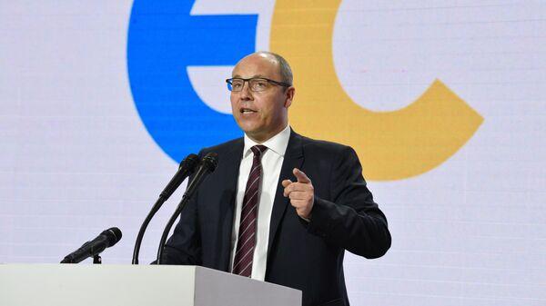 Спикер Верховной Рады Украины Андрей Парубий выступает на съезде партии Европейская солидарность в Киеве