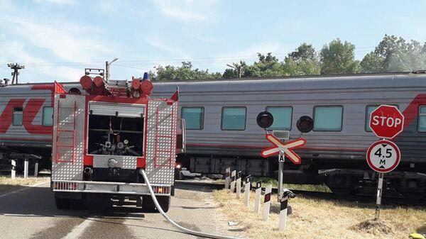 Столкновение пассажирского поезда с грузовой автоцистерной с дизельным топливом в Адыгее. 1 июня 2019