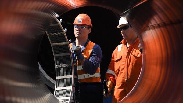 Рабочие на участке строительства газопровода Северный поток — 2