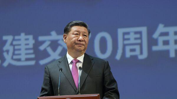 Председатель Китайской Народной Республики Си Цзиньпин выступает на торжественном вечере, посвященном 70-летию установления дипломатических отношений между Россией и КНР. 5 июня 2019