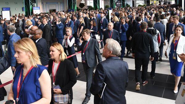 Участники Петербургского международного экономического форума 2019