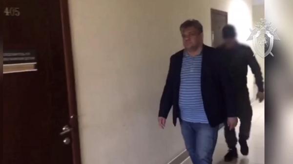 Начальника тыла МВД по Амурской области Михаил Робканов задержанный в связи с подозрением в злоупотреблении должностными полномочиями. 7 июня 2019