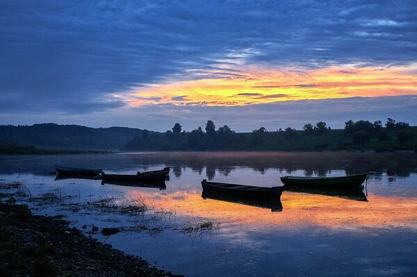 Закат на реке Оке неподалеку от города Таруса