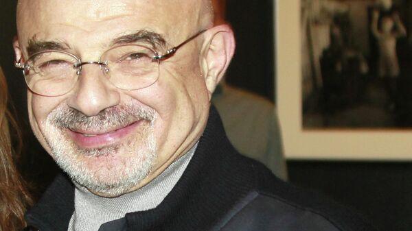 Режиссер, композитор, хореограф и балетмейстер Юрий Шерлинг