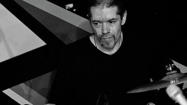 Барабанщик музыкального коллектива Оркестр креольского танго Сергей Остроумов