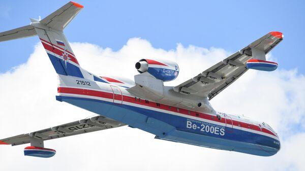 Российский самолёт-амфибия Бе-200ЧС на международном аэрокосмическом салоне Paris Air Show 2019 во Франции. 17 июня 2019