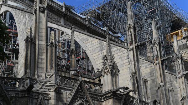 Восстановительные работы после пожара в Соборе Парижской Богоматери в Париже