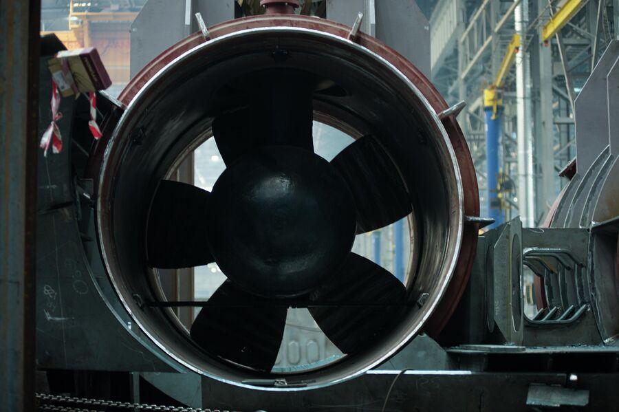 Винт подруливающего устройства для судна-снабжения ледового класса на верфи ССК «Звезда»