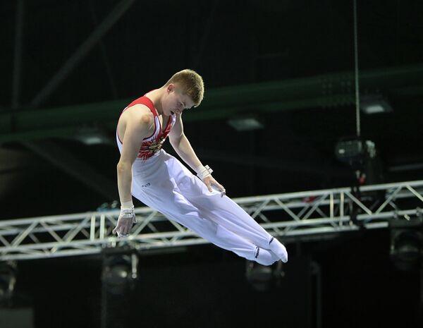 Российский гимнаст во время выступлений на юниорском чемпионате мира