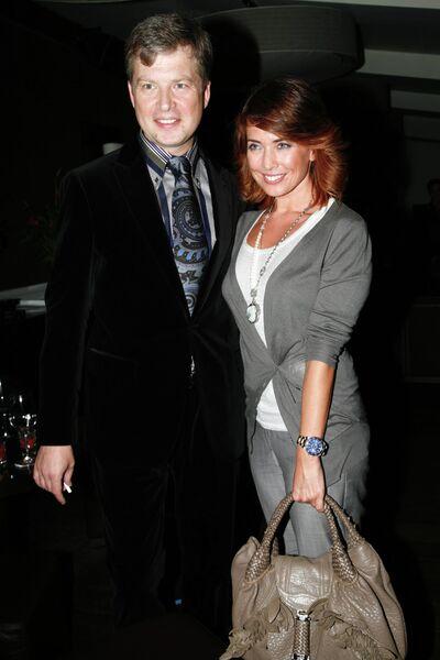 Певица Жанна Фриске и телеведущий Валдис Пельш на благотворительном вечере в GQ-баре в Москве