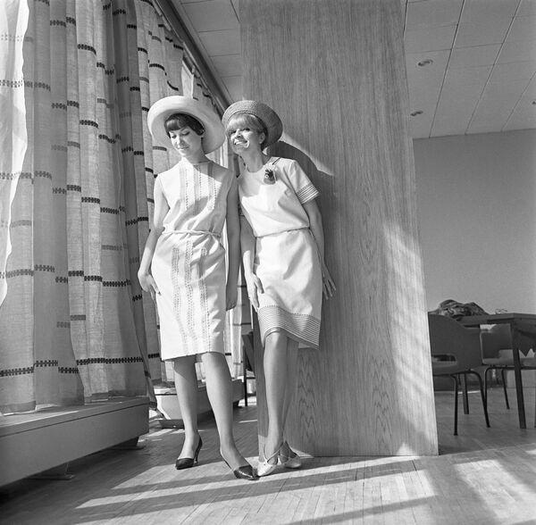 Коллекция женской одежды Весна-лето 1966 года