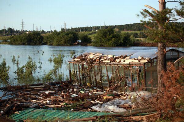 Вид на подтопленные районы Тулуна