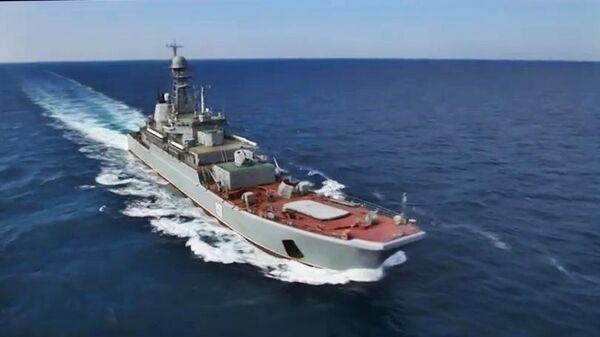 Российский большой десантный корабль проекта 775 Азов в акватории Черного моря во время учения стран НАТО Sea Breeze-2019