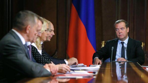 Председатель правительства РФ Дмитрий Медведев проводит совещание с вице-премьерами РФ. 8 июля 2019