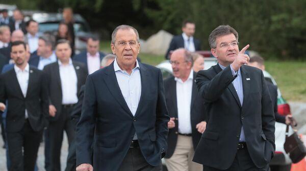 Министр иностранных дел РФ Сергей Лавров и министр иностранных дел Словакии Мирослав Лайчак