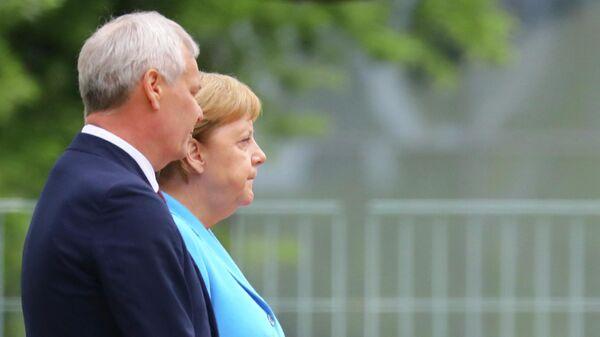 Канцлер Германии Ангела Меркель во время встречи с премьер-министром Финляндии Антти Ринне в Берлине. 10 июля 2019