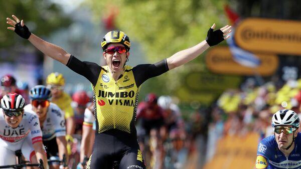 Бельгийский велогонщик Ваут ван Арт из команды Jumbo - Visma