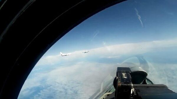 Полет стратегических ракетоносцев Ту-160 над Балтикой