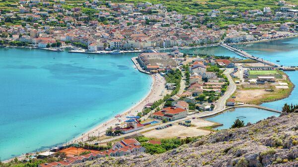 Вид острова Паг в Хорватии