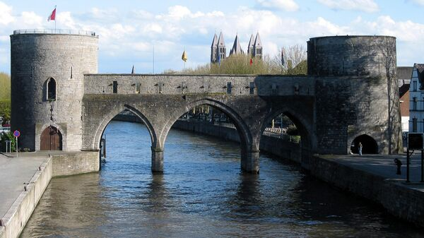 Мост Пон-де-Тру в Бельгийском городе Турне
