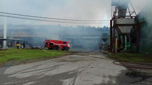 Пожар на фанерном комбинате в Вологодской области. 5 августа 2019