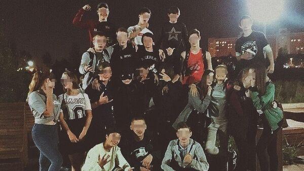 Подростки микрорайона Мещерское озеро в Нижнем Новгороде