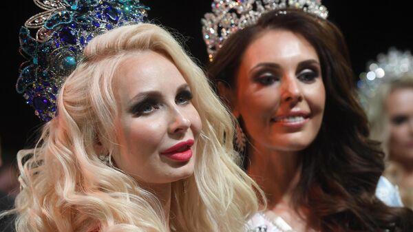 Победительница конкурса Миссис Россия 2019 Екатерина Нишанова и победительница в номинации Миссис Россия Globe Ксения Кривко