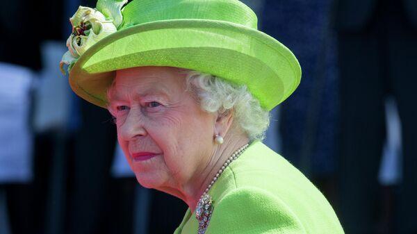 Ход королевой. Елизавета Вторая может вмешаться в политику