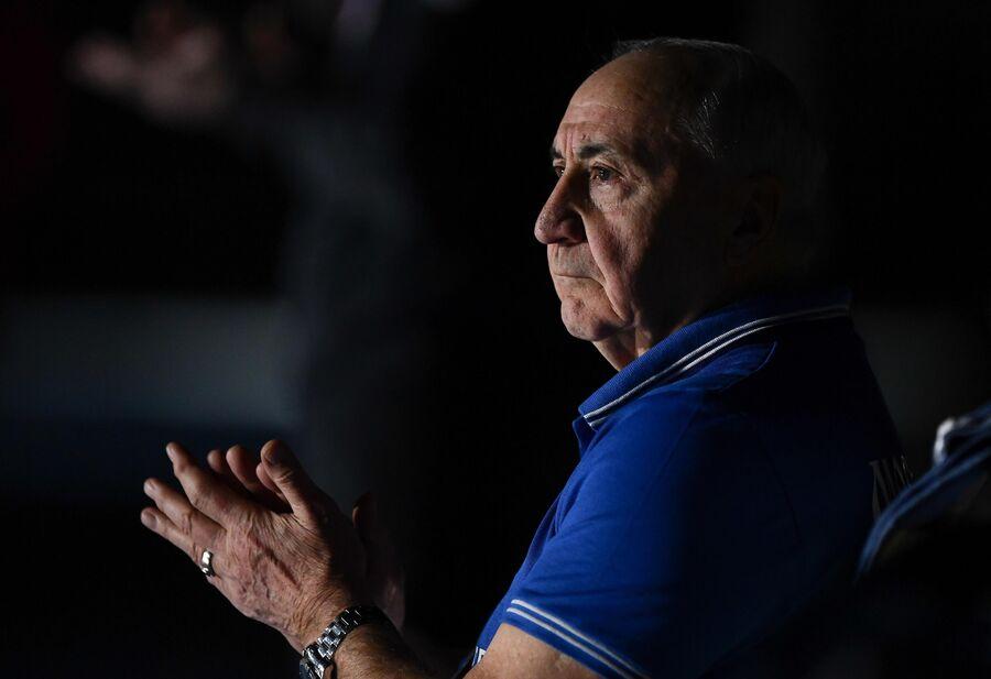 Главный тренер гандбольного клуба Чеховские медведи Владимир Максимов.