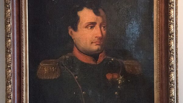 Картина неизвестного художника по оригиналу Робера Лефевра Портрет Наполеона I на выставке Наполеон. Жизнь и судьба