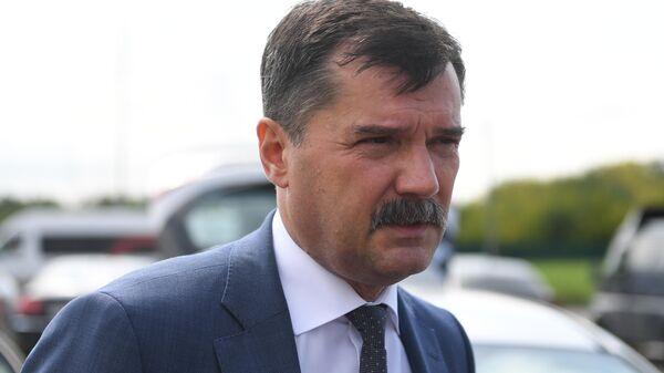 Руководитель Федерального агентства воздушного транспорта Александр Нерадько во время интервью журналистам в аэропорту Жуковский. 15 августа 2019