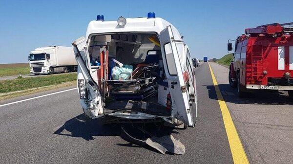 Последствия ДТП на 917-м километре трассы Дон в Каменском районе Ростовской области