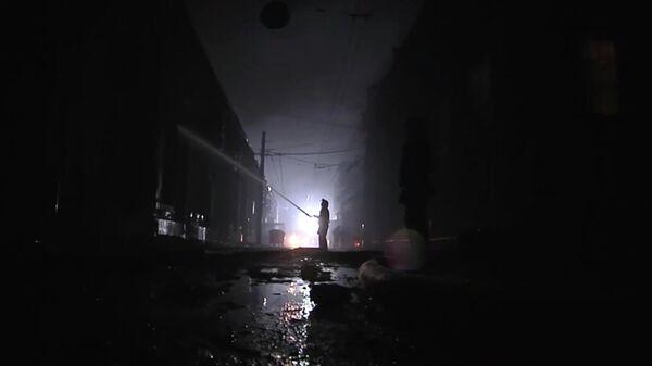 На месте пожара в гостинице Токио Стар в Одессе, Украина