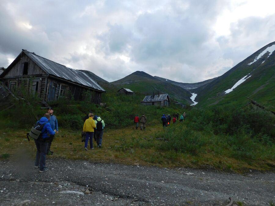 Заброшенный поселок геологов у горы Додо. Приполярный Урал. Югра