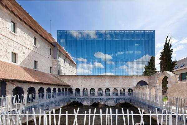 Францисканский монастырь XVII века на севере Франции