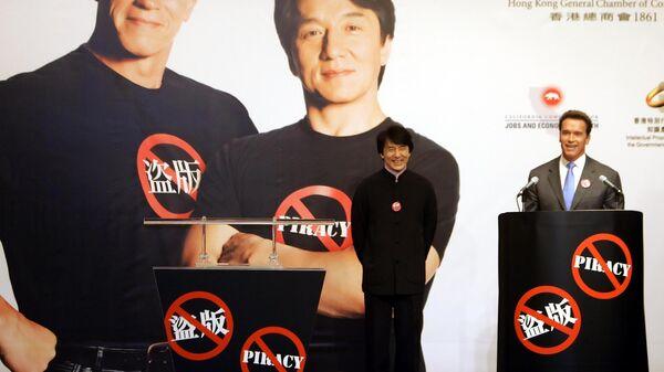 Актеры Джеки Чан и Арнольд Шварценеггер