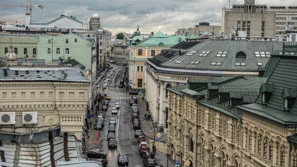 Вид на улицу Ильинка в Москве