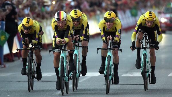 Велогонщики команды Jumbo-Visma